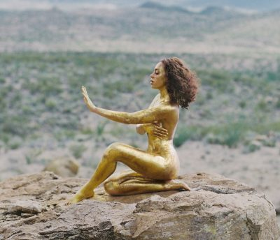 """Solange's """"A Seat at the Table"""" Art Book Featuring Photos by Carlotta Guerrero"""
